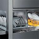 Lave vaisselle à avancement automatique
