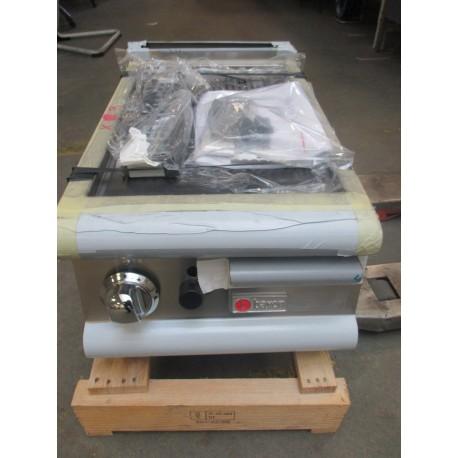 Grillade à gaz rainurée - 70FTG410 - BARON