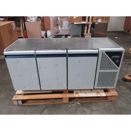 Occasion : Table réfrigérée positive 460 L - 3 portes - Avec groupe logé - TG703SD - DALMEC