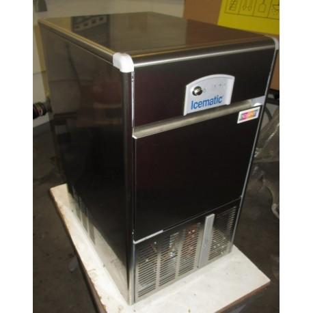 OCCASION : Machine à glaçons creux - 25 kg - E25IX - ICEMATIC