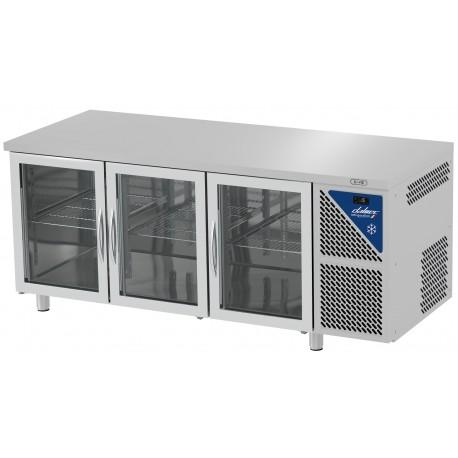 Table réfrigérée positive 0/+10°C sans groupe logé - GN 1/1 - 460 L - 3 portes vitrées - Prof. 700 - Dalmec