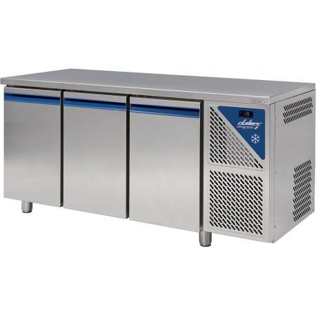 Table réfrigérée positive 0/+10°C sans groupe logé - 606 L - 3 portes pleines - Prof. 800 - 600 x 400 - Dalmec
